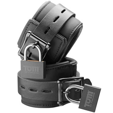 Tom of Finland Neoprene Wrist Cuffs, черные Наручники с замками pirates of the caribbean armada of the damned