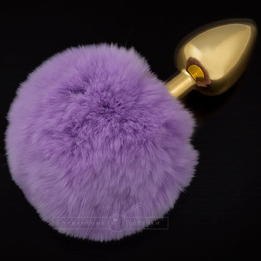 Пикантные штучки Маленькая анальная пробка, золотая С пушистым фиолетовым хвостиком пикантные штучки большая анальная пробка золотая с красным кристаллом