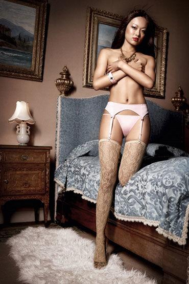 Baci комплект, розовый Стринги и пояс для чулков чулки baci lingerie high school girl короткие белые 42 46