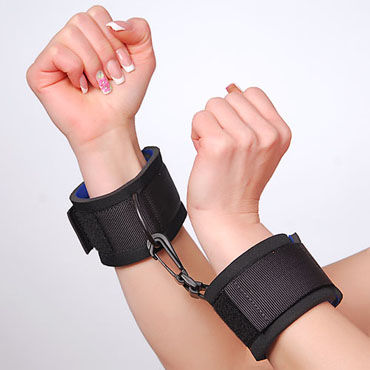 Sitabella наручники Тканевые, с карабином fifty shades of grey secret weapon vibrating cock ring стильное эрекционное кольцо с вибрацией